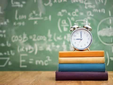 11. Kleinschulen muessen als Lebenszentren der Landgemeinden erhalten bleiben